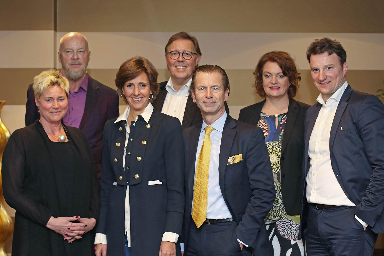 (v.l.n.r.): Dr. Astrid Legge, Bernd Lausberg, Dorotheé Gräfin v. Posadowsky-Wehner, Thomas Helfrich, Stefan Drzisga, Dr. Ulrike Lehmann, Dr. Hagen W. Lippe-Weißenfeld
