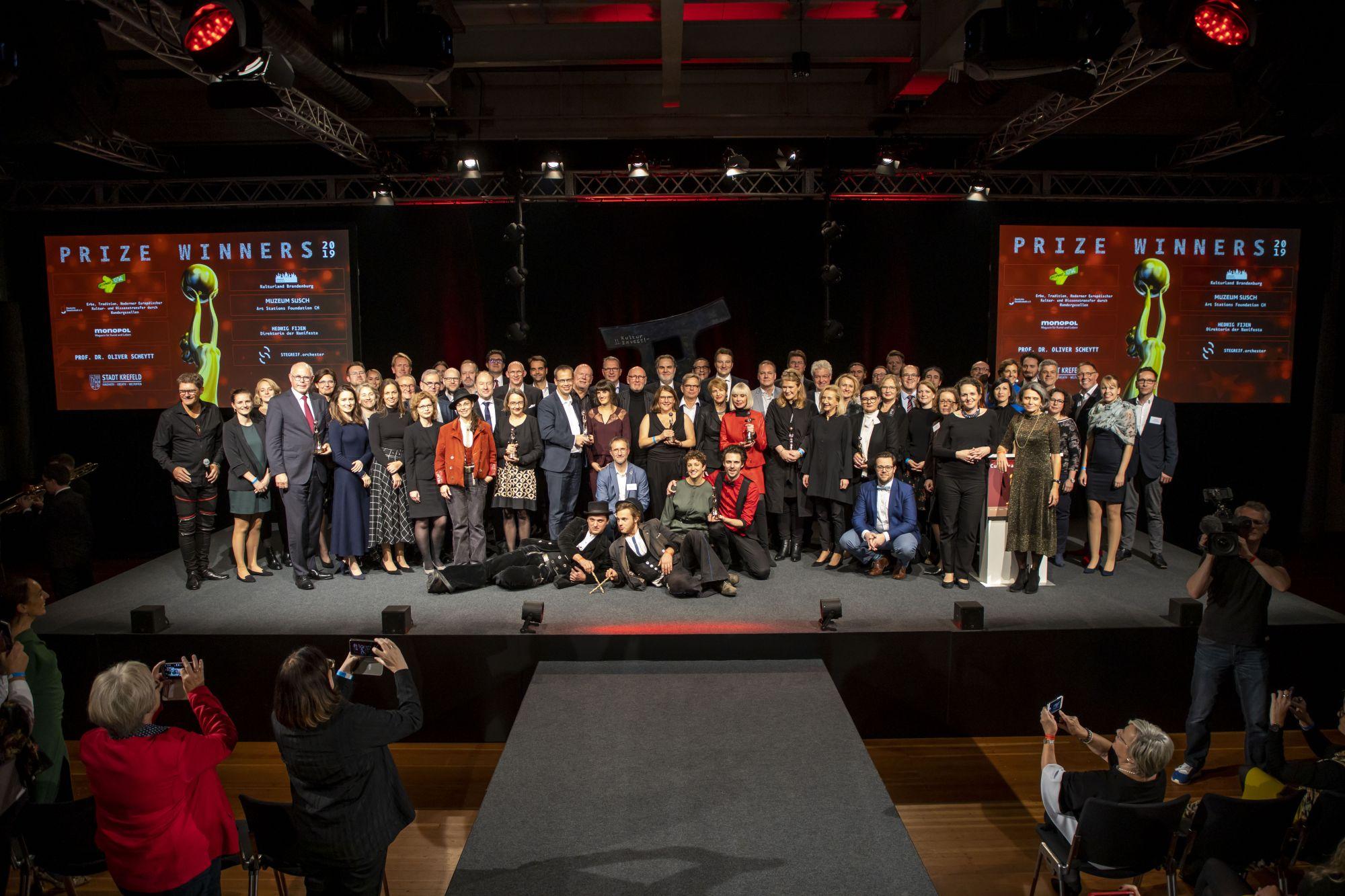 Preisträger und Laudatoren 2019, Copyright: Hans-Conrad Walter